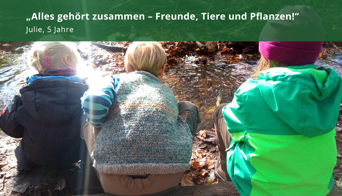 Kinder am Fluss in der Waldkita Volksdorf